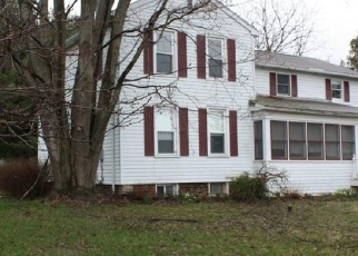 Foreclosed Home in Fayetteville 13066 GREEN LAKES RD - Property ID: 4396995423
