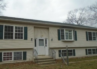 Foreclosed Home in East Hampton 06424 YOUNG ST - Property ID: 4397002882