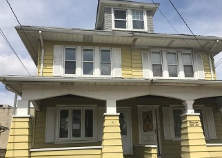 Foreclosed Home in Trenton 08629 HAMILTON AVE - Property ID: 4397065501