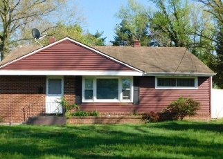 Foreclosed Home in Woodbury 08096 HOLLY DR - Property ID: 4397117623