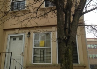 Foreclosed Home in Staten Island 10302 RUMPLERT CT - Property ID: 4397171491
