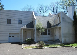Foreclosed Home in Norwalk 06851 W ROCKS RD - Property ID: 4397203911