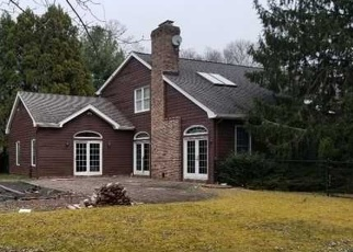 Foreclosed Home in Center Moriches 11934 OLD NECK RD - Property ID: 4397212213