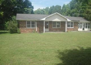 Foreclosed Home in Hilham 38568 NEW HOPE RD - Property ID: 4397233688