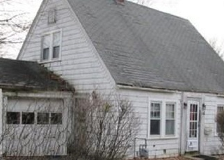 Foreclosed Home in Worcester 01607 HARWICH ST - Property ID: 4397252516