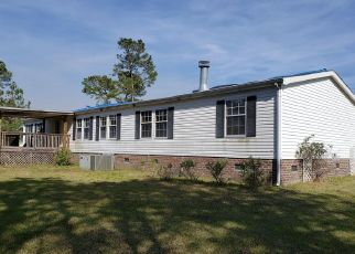 Foreclosed Home in Jacksonville 28540 ABERDEEN LN - Property ID: 4397273987