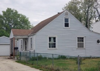 Foreclosed Home in Dundalk 21222 LONGPOINT RD - Property ID: 4397322144