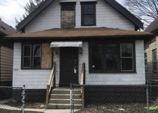 Foreclosed Home in Milwaukee 53206 N 19TH PL - Property ID: 4397440853