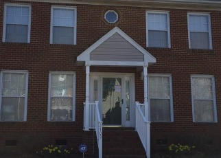 Foreclosed Home in Norfolk 23504 COLCHESTER CRES - Property ID: 4397545523