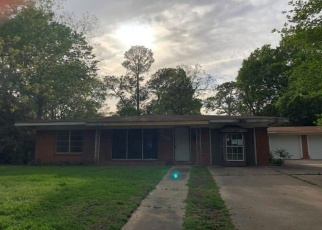 Foreclosed Home in Rockdale 76567 POST OAK RD - Property ID: 4397595899