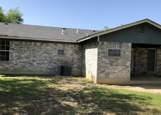 Foreclosed Home in Eagle Pass 78852 ROYAL PARK DR - Property ID: 4397609913