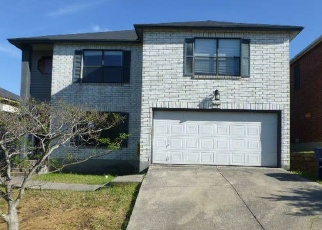 Foreclosed Home in San Antonio 78233 ELUSIVE PASS - Property ID: 4397646247