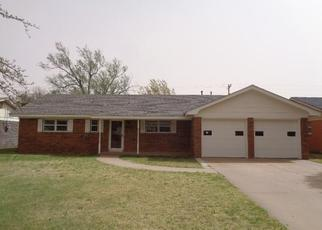 Foreclosed Home in Plainview 79072 W 17TH ST - Property ID: 4397677796