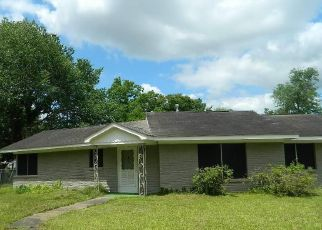 Foreclosed Home in Liberty 77575 EAST ST - Property ID: 4397700116