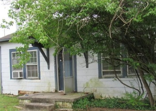 Foreclosed Home in Knoxville 37918 FAIR DR - Property ID: 4397717197