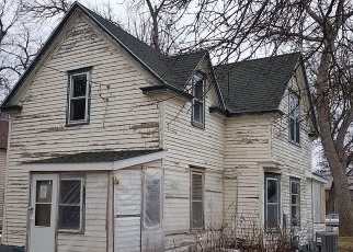 Foreclosed Home in Castlewood 57223 E HARRY ST - Property ID: 4397740869