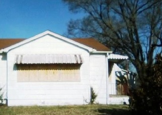 Foreclosed Home in East Saint Louis 62203 N 63RD ST - Property ID: 4397776324