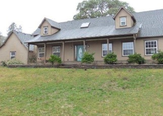 Foreclosed Home in Central Point 97502 OLD STAGE RD - Property ID: 4397830198