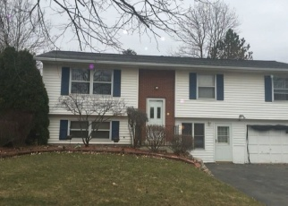 Foreclosed Home in Rochester 14624 MUSKET LN - Property ID: 4397968158