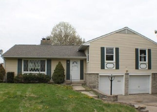 Foreclosed Home in Blue Springs 64014 NW LAKEVIEW RD - Property ID: 4398040880