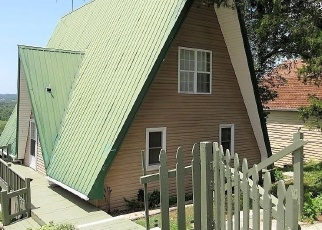 Foreclosed Home in Rockaway Beach 65740 CLIFF DR - Property ID: 4398054443