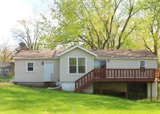 Foreclosed Home in Kansas City 64118 NE 73RD TER - Property ID: 4398057963