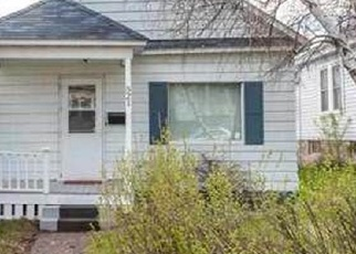 Foreclosed Home in Duluth 55805 N 12TH AVE E - Property ID: 4398113125