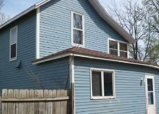 Foreclosed Home in Halstead 67056 COLLEGE ST - Property ID: 4398319420