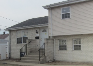 Foreclosed Home in Calumet City 60409 WENTWORTH AVE - Property ID: 4398375930