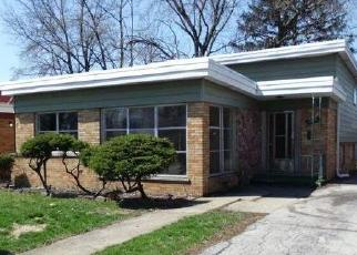 Foreclosed Home in Dolton 60419 ELLIS AVE - Property ID: 4398390367