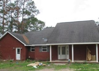 Foreclosed Home in Jesup 31545 HUNTER TRL - Property ID: 4398469200