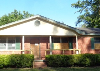 Foreclosed Home in Cordele 31015 N HICKORY ST - Property ID: 4398644846
