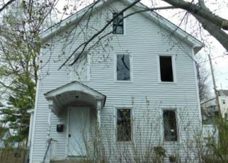 Foreclosed Home in New Britain 06052 GRISWOLD ST - Property ID: 4398662802