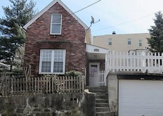 Foreclosed Home in Yonkers 10701 WALNUT ST - Property ID: 4398687311
