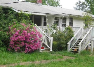 Foreclosed Home in Charlottesville 22902 SCOTTSVILLE RD - Property ID: 4398713600