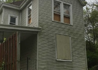 Foreclosed Home in Cincinnati 45205 LACLEDE AVE - Property ID: 4398784550