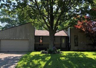 Foreclosed Home in Cincinnati 45245 PINETREE LN - Property ID: 4398794626