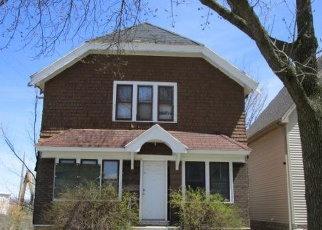 Foreclosed Home in Milwaukee 53216 N 34TH ST - Property ID: 4398825724