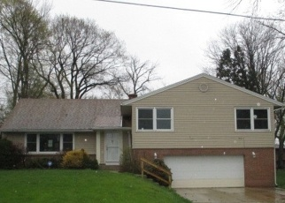 Foreclosed Home in Rockford 61108 SOVEREIGN BLVD - Property ID: 4398826150