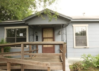 Foreclosed Home in San Antonio 78223 LYRIC ST - Property ID: 4398882659