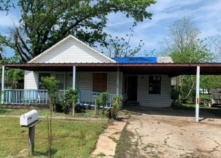 Foreclosed Home in Wortham 76693 S 1ST ST - Property ID: 4398900615