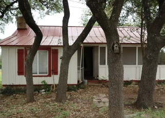 Foreclosed Home in Bandera 78003 DAVIS DR - Property ID: 4398902360