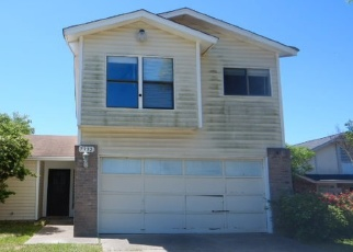 Foreclosed Home in San Antonio 78244 PEPPER TRL - Property ID: 4398924705