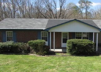 Foreclosed Home in Maryville 37803 MARVIN CIR - Property ID: 4398944409