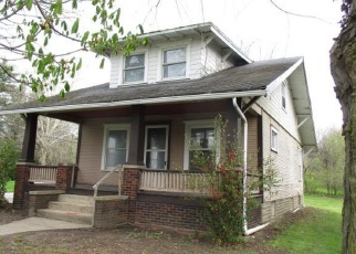 Foreclosed Home in Salem 44460 BENTON RD - Property ID: 4399068802