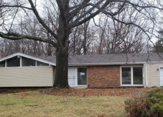 Foreclosed Home in Cleveland 44121 LANGTON RD - Property ID: 4399127483