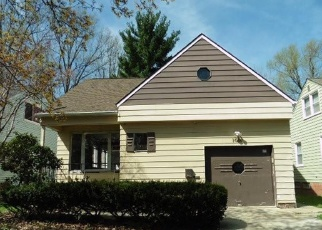 Foreclosed Home in Cleveland 44121 PLAINFIELD RD - Property ID: 4399136685