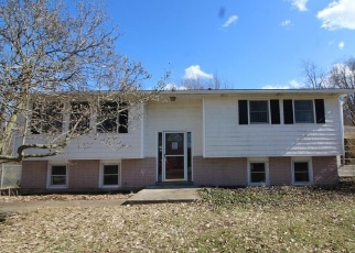 Foreclosed Home in Lockport 14094 LEETE RD - Property ID: 4399165590