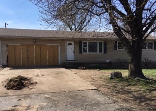 Foreclosed Home in Springfield 65803 N CLIFTON AVE - Property ID: 4399223849