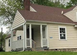 Foreclosed Home in Kansas City 64132 AGNES AVE - Property ID: 4399231726
